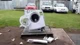 當洗衣機加入一塊鐵時影片